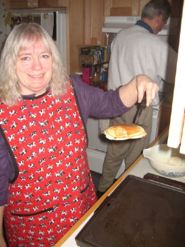 Momma with the morning flapjacks, Christmas, Seattle 2004