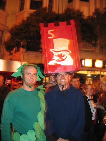 Darryl the Green Giant and Patrick as Stratego's Spy. Halloween 2005. San Francisco
